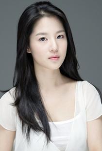 Son Sung Yoon - Poster / Capa / Cartaz - Oficial 1