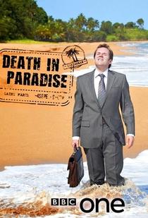 Death in Paradise (1ª Temporada) - Poster / Capa / Cartaz - Oficial 2