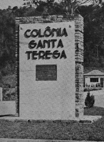 Santa Teresa - Poster / Capa / Cartaz - Oficial 1