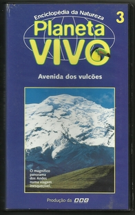 Planeta Vivo - Avenida dos Vulcões - Poster / Capa / Cartaz - Oficial 1