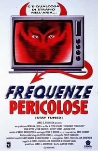 Fique Ligado em Paranóias Parabólicas - Poster / Capa / Cartaz - Oficial 4