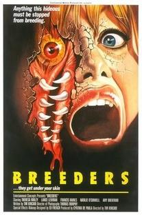 Breeders - A Ameaça de Destruição - Poster / Capa / Cartaz - Oficial 1