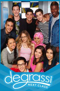 Degrassi: Next Class (1ª Temporada) - Poster / Capa / Cartaz - Oficial 1
