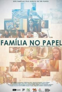 Família no Papel - Poster / Capa / Cartaz - Oficial 1