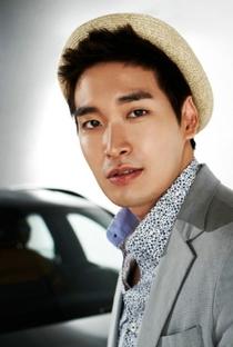 Jung Gyu Woon - Poster / Capa / Cartaz - Oficial 7
