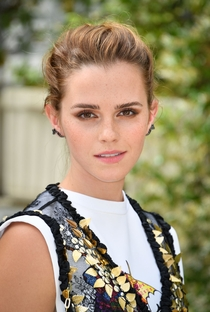 Emma Watson - Poster / Capa / Cartaz - Oficial 7