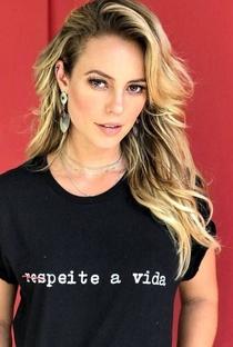 Paolla Oliveira - Poster / Capa / Cartaz - Oficial 4