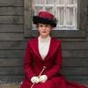 """Juliette Binoche está belíssima nas primeiras imagens do drama """"Ninguém Deseja a Noite"""""""