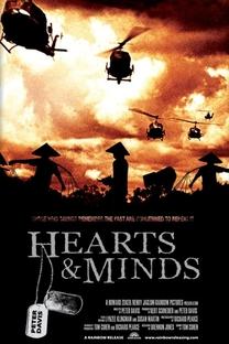 Corações e Mentes - Poster / Capa / Cartaz - Oficial 4