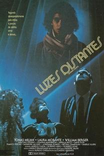 Luzes Distantes - Poster / Capa / Cartaz - Oficial 2