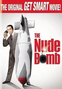A Bomba que Desnuda - Poster / Capa / Cartaz - Oficial 1
