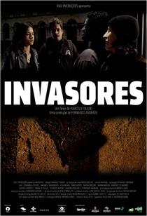 Invasores - Poster / Capa / Cartaz - Oficial 2