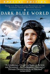 Num Céu Azul-Escuro - Poster / Capa / Cartaz - Oficial 6