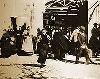 A Saída dos Operários das Usinas Lumière - Poster / Capa / Cartaz - Oficial 1