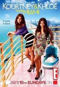 Kourtney & Khlóe Take Miami (2ª Temporada) - Poster / Capa / Cartaz - Oficial 1