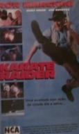O Caçador Implacável (Karate Raider)
