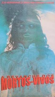 A Revanche dos Mortos-Vivos - Poster / Capa / Cartaz - Oficial 4