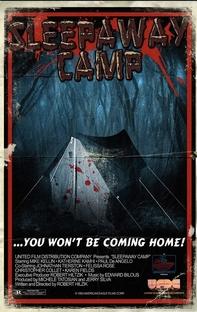 Acampamento Sinistro - Poster / Capa / Cartaz - Oficial 6
