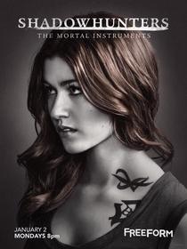 Shadowhunters - Caçadores de Sombras (2ª Temporada) - Poster / Capa / Cartaz - Oficial 2