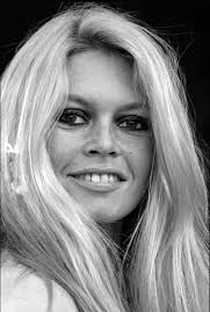 Brigitte Bardot - Poster / Capa / Cartaz - Oficial 36