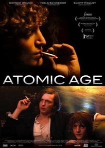 A Idade Atômica - Poster / Capa / Cartaz - Oficial 2