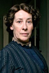 Phyllis Logan (I)