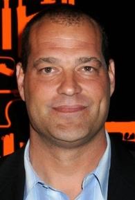 Jeff Chase (l)