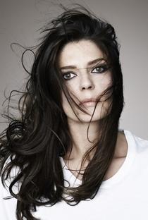 Chiara Mastroianni - Poster / Capa / Cartaz - Oficial 2