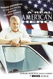 Um Herói de Verdade - Poster / Capa / Cartaz - Oficial 1