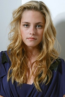 Kristen Stewart - Poster / Capa / Cartaz - Oficial 11