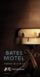 Bates Motel (1ª Temporada) - Poster / Capa / Cartaz - Oficial 3