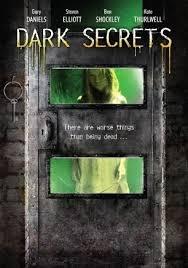 Dark Secrets - Poster / Capa / Cartaz - Oficial 1