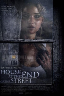 A Última Casa da Rua - Poster / Capa / Cartaz - Oficial 2