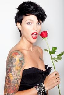 Ruby Rose (I) - Poster / Capa / Cartaz - Oficial 8