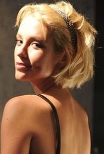 Juliana Didone - Poster / Capa / Cartaz - Oficial 10