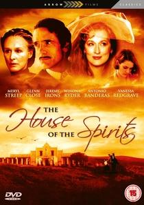 A Casa dos Espíritos - Poster / Capa / Cartaz - Oficial 2