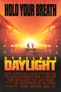 Daylight - Poster / Capa / Cartaz - Oficial 3