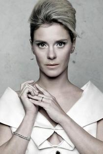 Carolina Dieckmann - Poster / Capa / Cartaz - Oficial 3