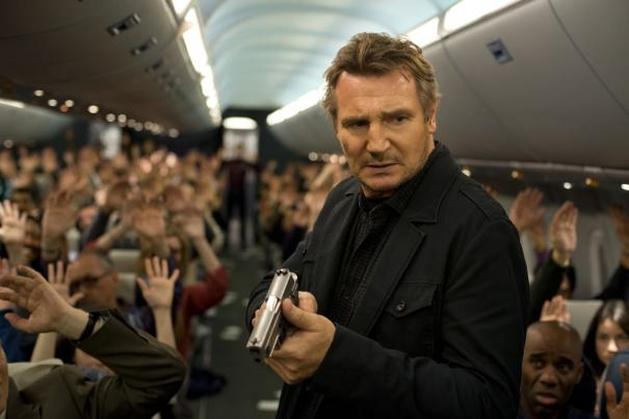"""Liam Neeson e Julianne Moore em """"Non-Stop"""""""
