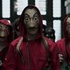 La Casa de Papel: Grupo tenta roubar banco usando máscaras da série - Sons of Series