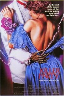 A Noite das Brincadeiras Mortais - Poster / Capa / Cartaz - Oficial 1