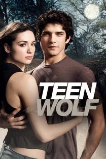 Teen Wolf (1ª Temporada) - Poster / Capa / Cartaz - Oficial 1