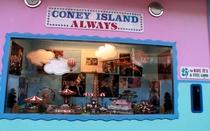 Coney Island - O Último Verão - Poster / Capa / Cartaz - Oficial 1