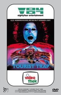 Armadilha para Turistas - Poster / Capa / Cartaz - Oficial 7