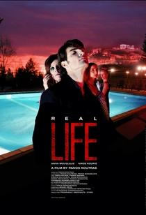 Real Life - Poster / Capa / Cartaz - Oficial 1