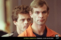 Dementes: Jeffrey Dahmer - Poster / Capa / Cartaz - Oficial 1