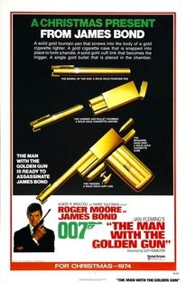 007 - Contra o Homem com a Pistola de Ouro - Poster / Capa / Cartaz - Oficial 3