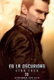 Além da Escuridão - Star Trek - Poster / Capa / Cartaz - Oficial 12
