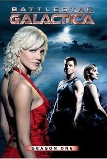 Battlestar Galactica (1ª Temporada) - Poster / Capa / Cartaz - Oficial 1