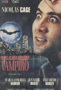 Um Estranho Vampiro - Poster / Capa / Cartaz - Oficial 2